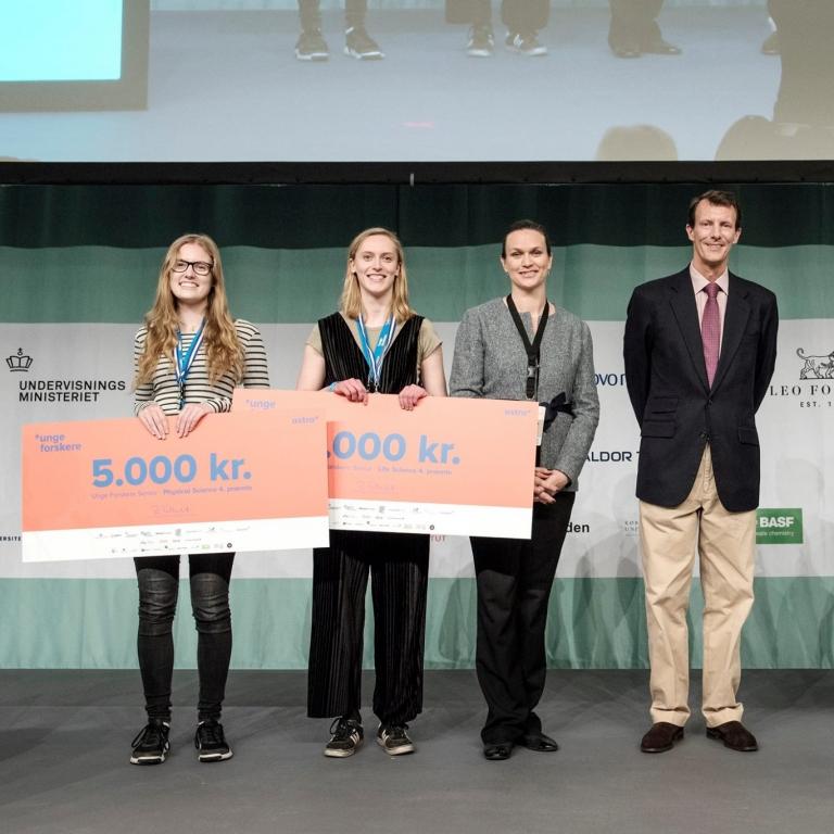 Anna Opstrup, 3b fik flot 4. plads i 'Unge forskere'.