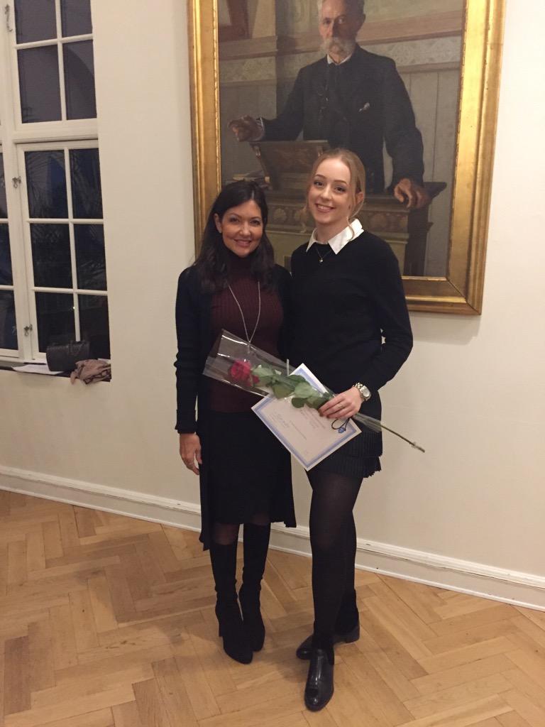 Fantastisk flot 1. plads til VG's Mathilde Bloch ved Public Speaking Competition