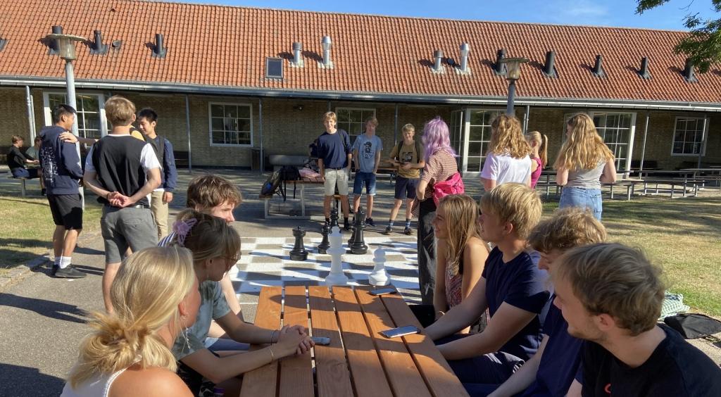 Skolestart: Hvor er det herligt at se alle elever igen efter sommerferien. Velkommen tilbage.